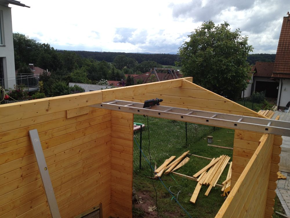 Gartenhaus gebaut