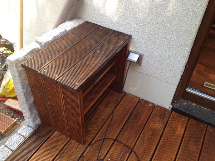 schuhregal f r die terrasse hausbau ein baublog. Black Bedroom Furniture Sets. Home Design Ideas