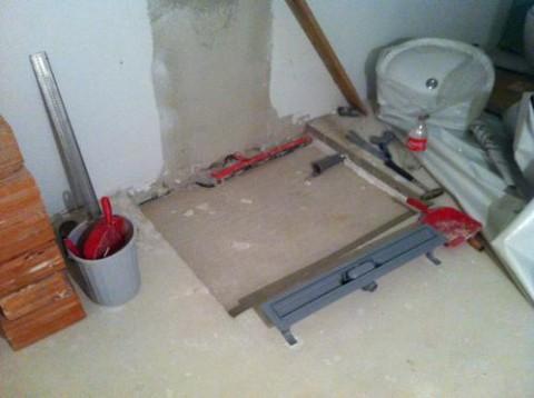 aussparung im estrich f r eine bodengleiche dusche hausbau ein baublog. Black Bedroom Furniture Sets. Home Design Ideas